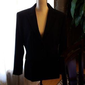Anne Klein 2 Piece pant suit in black